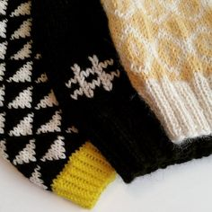 Påskelue, somelue Gloves, Knitting, Winter, Design, Fashion, Winter Time, Moda, Tricot, Fashion Styles
