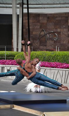 http://aria.lv/1lvkPzF - The newest addition to #Zarkana by Cirque du Soleil, the Atherton Twins, at ARIA Resort & Casino.
