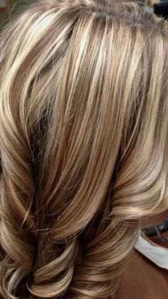 Best Weave Hair, Weave Hair Color, Hair Color And Cut, Brown Hair With Blonde Highlights, Hair Highlights, Medium Hair Styles, Short Hair Styles, Hair Color Images, Cool Blonde Hair