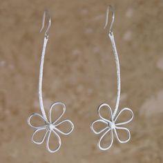 Lazy Daisies Earrings handmade by Garden of Silver. www.gardenofsilver.com #SilverJewelry