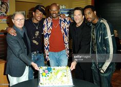 Peter Bart, Marlon Wayans, Keenen Ivory Wayans, Peter Guber and Shawn Wayans. Keenen Ivory Wayans celebrated his 46th birthday today on the set of AMC's popular Hollywood talk show, 'Sunday Morning ShootOut' in Los Angeles. Keenen was there with brothers Marlon and Shawn to chat with hosts Peter Bart and Peter Guber about their upcoming release, 'White Chicks.' The show airs Sunday, June 20 at 11 AM (ET/PT) on AMC. During the interview, the brothers revealed that the inspiration for the…