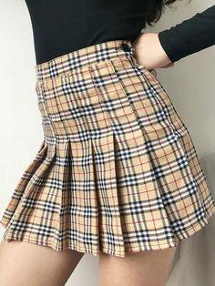 Pleated Tennis Skirt, Plaid Pleated Skirt, Plaid Skirts, Mini Skirts, Yellow Plaid Skirt, Skater Skirt, Skirt Outfits, Chic Outfits, Fashion Outfits