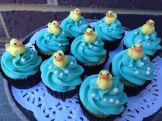Babyshower cupcakes #ducklings #whippedwithlove #cupcakes #vanilla