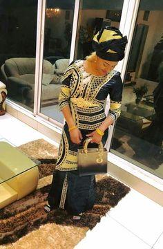 Malian Fashion bazin #Malifashion #wax #bazin #malianwomenarebeautiful #dimancheabamako #mussoro #malianwedding
