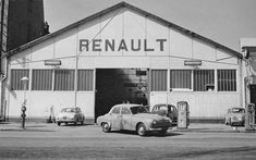 Renault Garages, Vehicles, Car, Automobile, Garage, Autos, Car Garage, Cars, Vehicle