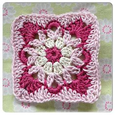 the 'homely blanket' quest – square seven – Made with Loops