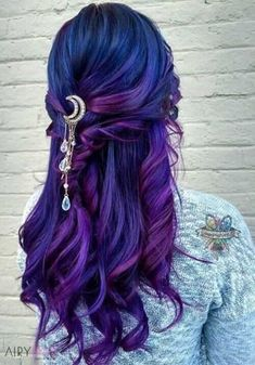 Blue Purple Hair Color Ideas make-up/Hair Hair dye colors violet color dye - Violet Things Cute Hair Colors, Pretty Hair Color, Hair Dye Colors, Ombre Hair Color, Hair Colour, Crazy Color Hair Dye, Light Hair Colors, Violet Hair Colors, Blue Purple Hair