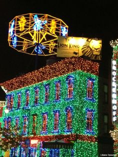 Osborne's Family Spectacle of Dancing Lights #Disney