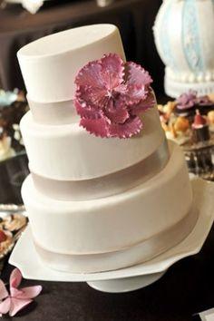 Wedding cake from Sweet Perfections WaukeshaWI Wedding Cakes