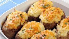 Πατάτες γεμιστές με τυρί στο φούρνο