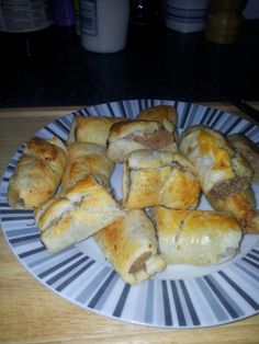 Slimming world sausage rolls (vegetarian snacks slimming world) Slimming World Sausages, Slimming World Free, Slimming World Dinners, Slimming World Syns, Slimming Recipes, Slimmers World Recipes, Vegetarian Snacks, Wrap Recipes, Food Inspiration