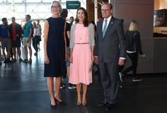 24 August 2016 - Crown Princess Mary attends the lecture by Stephen W. Hawking in Copenhagen - shoes by Gianvito Rossi, clutch by Hugo Boss