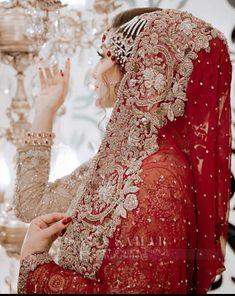 Desi Wedding Dresses, Asian Bridal Dresses, Pakistani Bridal Dresses, Bridal Outfits, Beautiful Dress Designs, Stylish Dress Designs, Stylish Dresses, Beautiful Pakistani Dresses, Beautiful Dresses