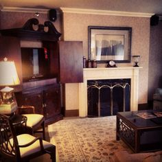 Prepping the living room of our Hospitality Suite for photos #PhotoShoot #RooseveltNYC