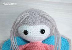 Amigurumi doll in butterfly costume pattern - antennae Crochet Butterfly Pattern, Crochet Patterns, Doll Toys, Dolls, Butterfly Costume, Costume Patterns, Amigurumi Doll, Crochet Toys, Farm Animals