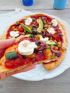 Healthy Crock Pots 52429 Pizza rich in vegetables on a lentil dough (Vegan or not, gluten-free, cereal-free)) Vegetarian Chili Crock Pot, Vegetarian Soup, Vegetarian Recipes, Healthy Recipes, Pizza Rica, Healthy Cooking, Healthy Snacks, Plat Vegan, Recipes