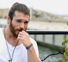 Beszélget Törökország új kedvencével, Can Yaman-nal . Gorgeous Men, Beautiful People, How To Look Handsome, Boys Dpz, Yes I Can, Character Aesthetic, Stylish Hair, Dose, Turkish Actors