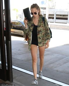 Amp up your accessories with a velvet backpack like Cara #DailyMail