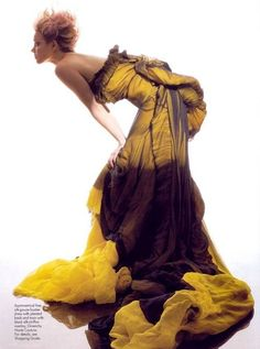 Silk gauze bustier dress with pleated back and train, with black silk-chiffon overlay.  Givenchy Haute Couture.