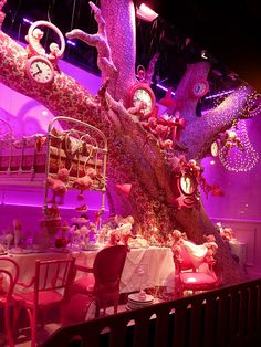 """Tea Party"", pinned by Ton van der Veer"