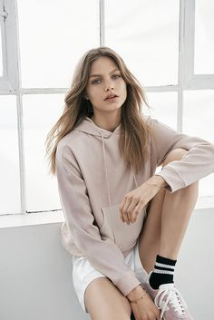 Into sport? Or just love to look the part? Hit the bleachers in pastel-toned sweats, white shorts and retro running shoes this semester. #Topshop