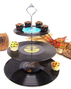 Retro Vintage Record Dessert 3 Tier Pedestal Cake Cupcake Stand Upcycle Recycle Wedding Birthday Graduation Party Rock Around The Clock Party Rock, Rock Around The Clock, Cake And Cupcake Stand, Cupcake Tray, Cupcake Display, Cupcake Holders, Diy Cupcake, Cupcake Ideas, Candle Holders