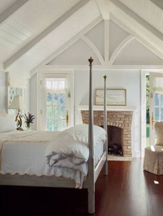 Fun bedroom design and decoration tips: Ready to begin creating your very own bedroom style and design? Browse through ideas of bedroom design and colors to create your perfect home. Click the link to read Farmhouse Master Bedroom, Home Bedroom, Girls Bedroom, Bedroom Decor, Bedroom Ideas, Winter Bedroom, Bedroom Designs, Bedroom Inspiration, Dream Bedroom