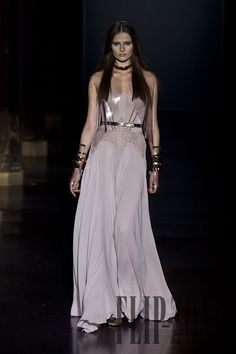 Basil Soda Spring-summer 2012 - Couture - http://www.flip-zone.net/fashion/couture-1/independant-designers/basil-soda-2501