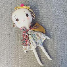 Red capes girl  . #핸드메이드 #인형 #애착인형 #리버티원단 #여자아이 #선물 #handmade #doll #fabricdoll #uniquegift #libertyprint #libertyfabric