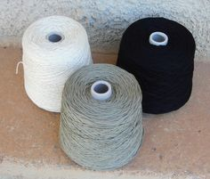 Knitting yarn from domoras