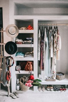 10 Beautiful Open Closet Ideas For Innovative House