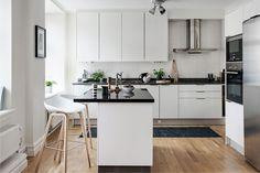 Кухня с островом площадью 13,1 кв. м