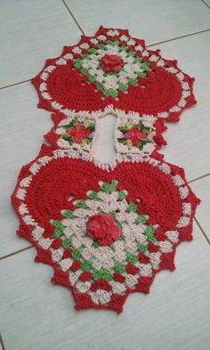 Crochet Tshirt - How to Hook Rugs. Crochet T Shirts, Knit Crochet, Lisa Or Lena, Sewing Techniques, Crochet Doilies, Paper Flowers, Diy And Crafts, Crochet Earrings, Projects To Try