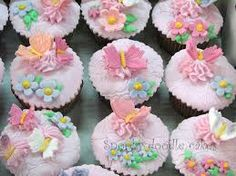 Google Image Result for http://3.bp.blogspot.com/-Gr02lKS3jdE/Tadepvc9jtI/AAAAAAAAHGc/lHOWsI4F6fs/s1600/Butterflies%2Bcupcakes%2B%25252813%2...