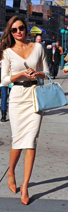 Hot Pics of Models Wearing Sunglasses