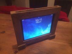 Finchcraft Wooden Ipad Frame