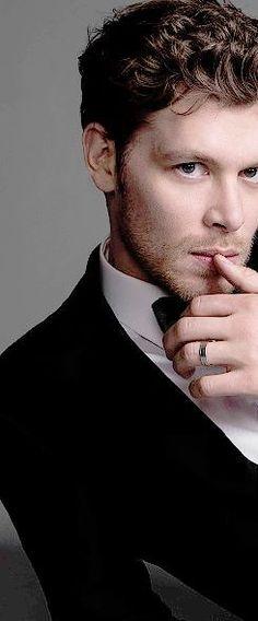 Joseph Morgan, Klaus And Caroline, Caroline Forbes, Vampire Diaries Cast, Vampire Diaries The Originals, Don Draper, Robert Downey Jr, Klaus The Originals, Original Vampire