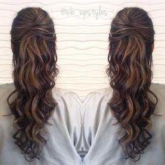 Einfache Frisuren für welliges Haar