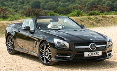 Mercedes-Benz has quietly unveiled the SL400 on its U.S. website, which will now the most affordable way to get into an SL-class on this side of the pond. Under the hood of the 2015 Mercedes-Benz SL400 is a 3.0-liter twin-turbocharged V6 producing 329 hp and 354 lb-ft of torque and mated to a seven-speed automatic transmission. These are figures that just a couple generations ago could only be had in the V8-engined AMG version of Stuttgart's flagship roadster.