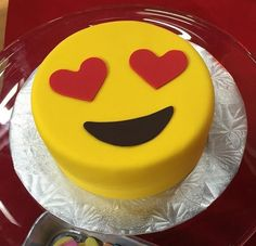 We have had lots of requests for emoji party pretties! This cake is darling! TODAY Show with ・・・ emoji cake from Yolanda Gampp l How To Cake It this morning on TODAY! Cake Cookies, Cupcake Cakes, Cakes With Fondant, Emoji Cake, My Birthday Cake, 10th Birthday, Birthday Ideas, Almond Cakes, Cute Cakes