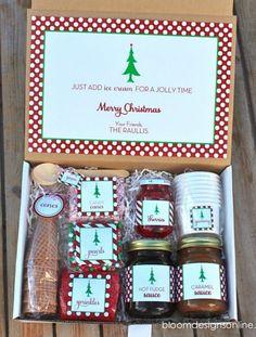 CHRISTMAS SUNDAES GIFT BOX