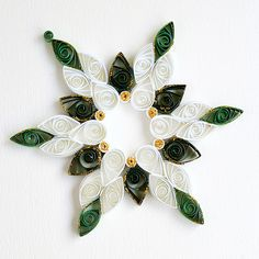 6 point white and green mix open middle quilled snowflake … | Flickr