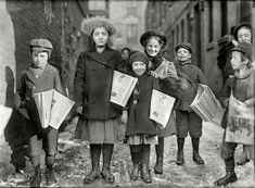 News girls: 1909