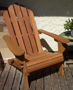 Adirondack : fauteuil de jardin rétro en eucalyptus FSC #jardin #terrasse #été #fauteuil #rétro #bois #déco http://www.alicesgarden.fr/mobilier-jardin/chaise/fauteuil-retro-eucalyptus-adirondack-salamanca