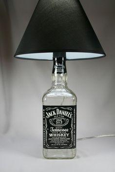 jack daniels lamp for man cave and bachelor pads #interior #design #jackdaniels #lighting