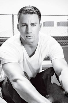 Sometimes a simple white tee & jeans is all a man needs ;) OR Channing Tatum. Maybe we all just need some Channing Tatum. Coach Carter, Cody Christian, Christian Pick Up Lines, Look At You, How To Look Better, Feel Better, Don Jon, Sup Girl, Matthew Fox