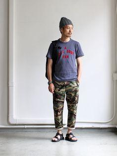 A VONTADE Untwish Loopcut Print T-shirts -A DEL GRAY FUN