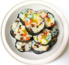 모르면 손해!!예쁘고 이색적인 김밥 12가지 종류 Korean Side Dishes, Asian Recipes, Ethnic Recipes, Tasting Room, Appetisers, Korean Food, Tasty Dishes, Sushi, Easy Meals