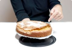 Bizcocho casero de nata con costra de azúcar con Thermomix | Velocidad Cuchara