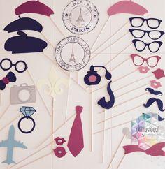 Diseño y creación de accesorios para photocall parisino.